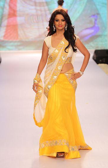 how to wear a half saree & look stunning
