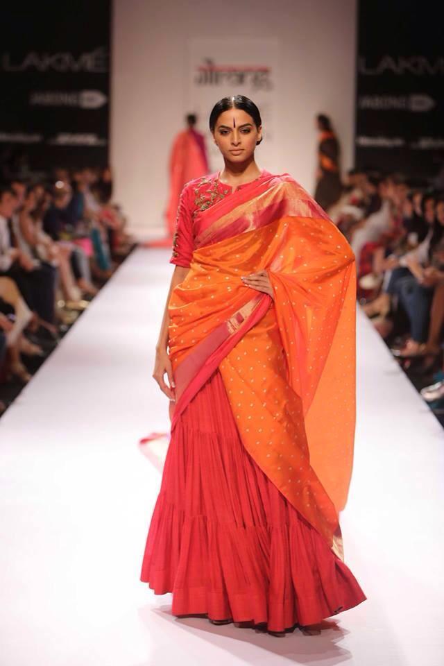 Tips for Choosing and Wearing Kanjivaram Saree for Wedding