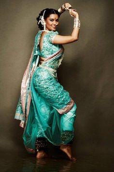 How to Wear Nauvari Saree for Lavani