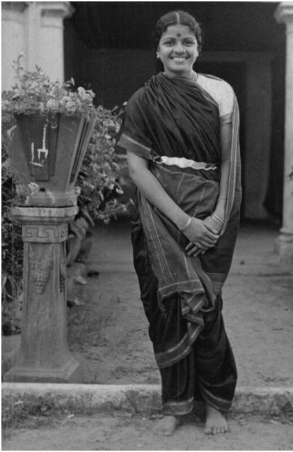 Wear Saree in Tamil Nadu Style