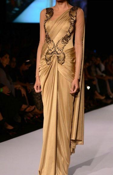 Wear a Readymade Saree