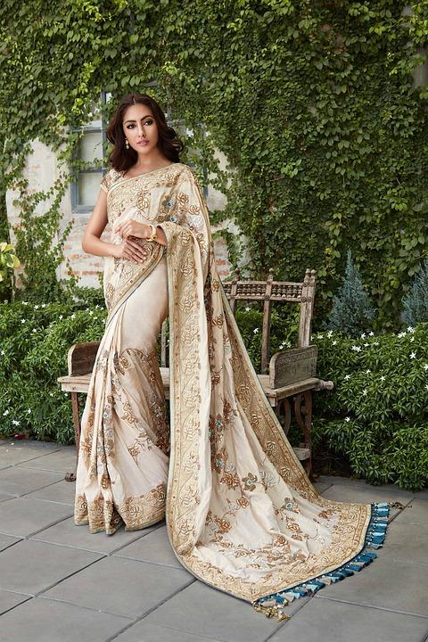 lehenga saree blouse neck designs